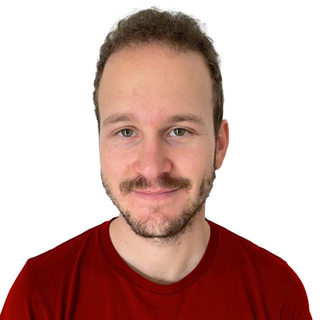 https://avironvesenaz.ch/wp-content/uploads/2020/11/Stephane-Weiss-Coach-640x640.jpg